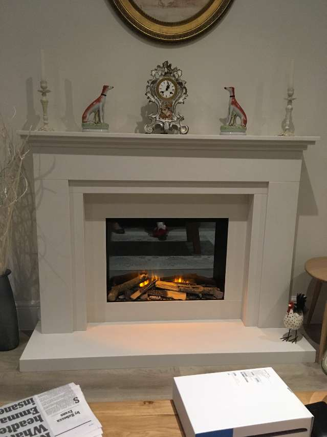 evonics electric fire in a shelsley surround